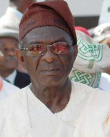 Fashola loses Father